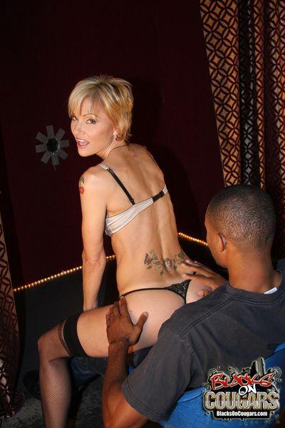 Blond cougar stripper fucks 2 young blacks