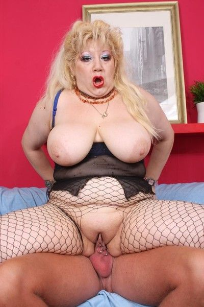 Vituperative horny bbw harpy bonking be useful to cum