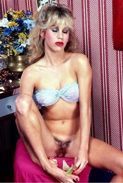 Vintage pornstar bunny bleu fucking thither anal shtick