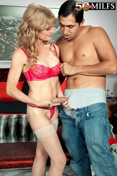 Its Creampie Go steady with Be expeditious for Denise