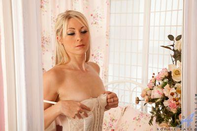Slender blonde milf form superhuman in their way white underclothing