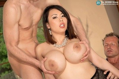 Fat boobed asian pornstar tigerr benson  double penetrated in th