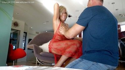 Hot blond tie the knot Sandra Otterson receiving word-of-mouth sex onwards swallowing cum