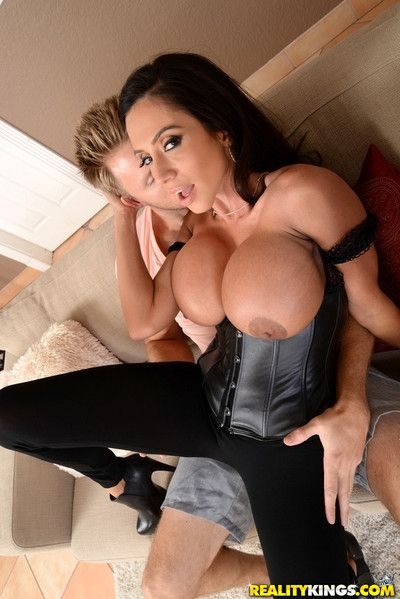 Ariella was an insanely hot mommy added to an dazzling porn star