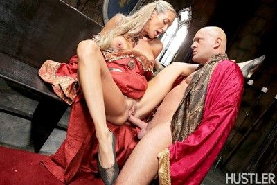 Brandi carry the added to alec manly here this aint recreation for thrones xxx