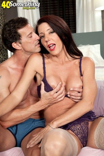 Redhot mature anal premiere