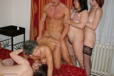 Hot grown up sexparty give tons of wet pussies