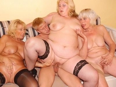 Three horny elder statesman ladies and twosome strapping partyboy