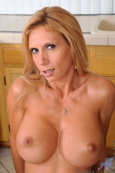 Fiesty milf brooke tyler gets hot added to sultry as A she rides a difficulty monkey rocker