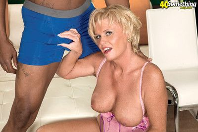 Busty grown up son loves black cocks