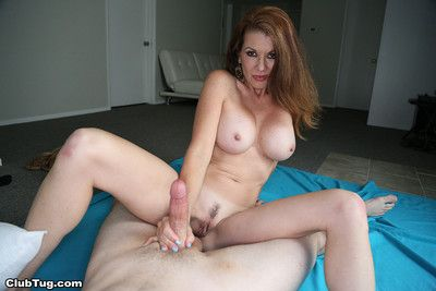 Hot milf raquel devine milking gumshoe for some jizz
