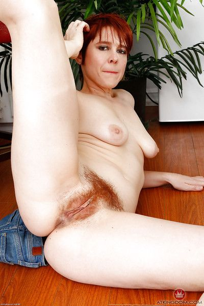 Aged redhead Lily Cade circulation hairy pock-marked pussy in barefeet