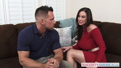 Bootylicous joyless milf kendra lust rides a fast dong