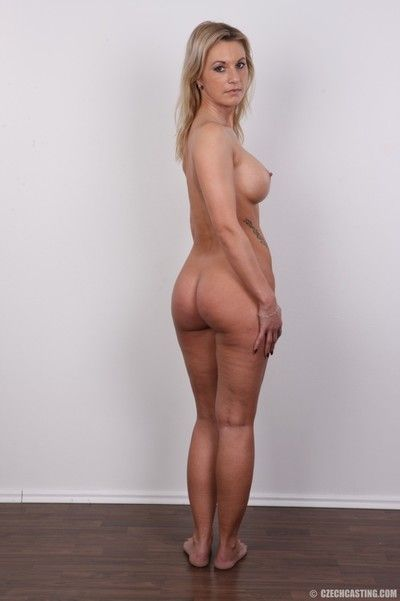 Curvy milf poses for markswoman camera
