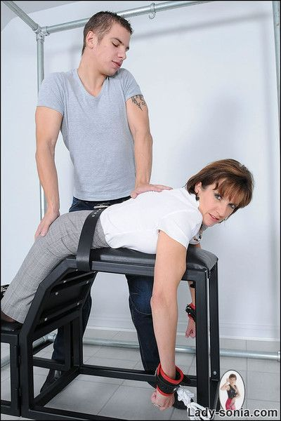 Mature lady sonia vault and spanked