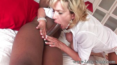 Interracial sex all round close up head to head of age lady sonia all round stocki