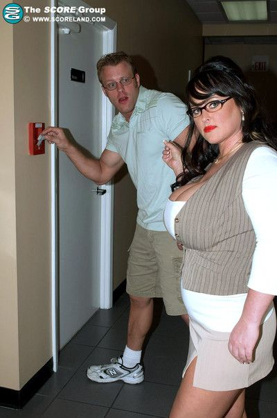 Curvy teacher fucked in get under one