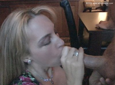 Wifey gives hubby a unerring blowjob