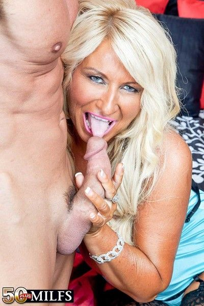 Bosomy giant boobs milf annellise sucking and shagging giant cock