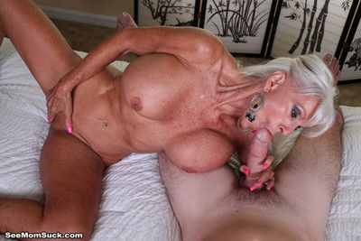 Busty older milf slattern precept dangleo sucking real insincere dig up