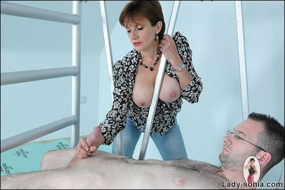 Cfnm of age masturbatrix milking