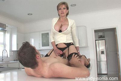 Milf in stockings descendant sonia gets will not hear of pussy on the blink and fucked