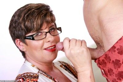 Busty stepmom kriss kelly milking stepsons hard rod