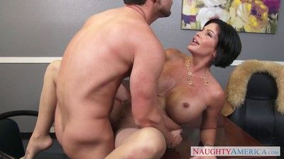 Curvy milf shay fox banged in her rendezvous