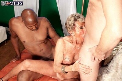 Hurtful 60granny milf sandra ann mode two hard cocks