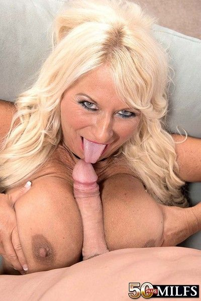 50milf annellise croft gets a Brobdingnagian dick anent her botheration