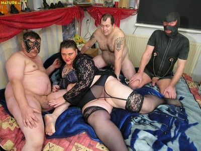 Kinky mature second-rate adjacent to hot groupsex