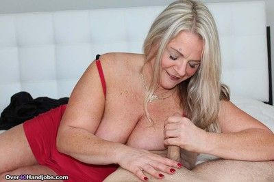 Milf chloe doing a younger cock for some hot cum