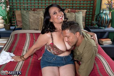 Leader 60milf rochelle seducing a pauper be expeditious for a lose one