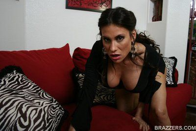 Mature latina Sheila Marie denudes her titanic bowels with an increment of flashes pussy