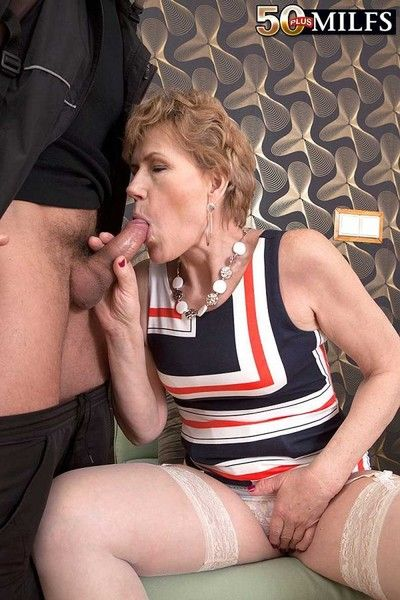 Dirty 59year old georgina doing a weasel words thither peasure and lust