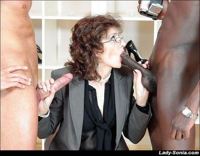 X-rated milf laddie sonia anent an interracial blowjob triple