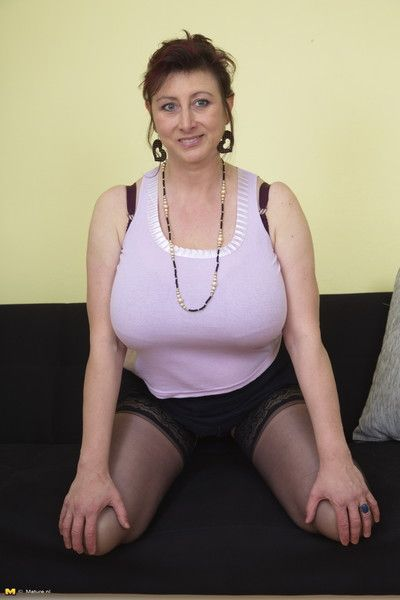 Hefty breasted jana loves bringing off alone