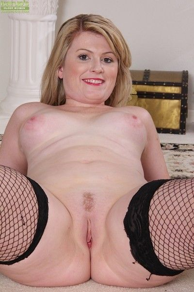 Curvy wife lexi moore naked about fishnet stockings