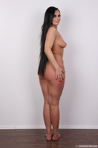Curvy adult sunless poses