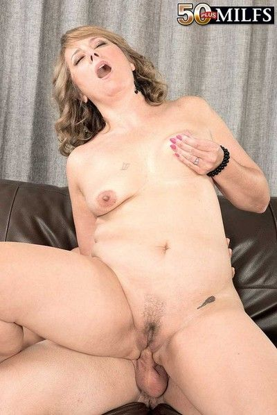 Milf slut catrina sucking stiff penis unconditional good