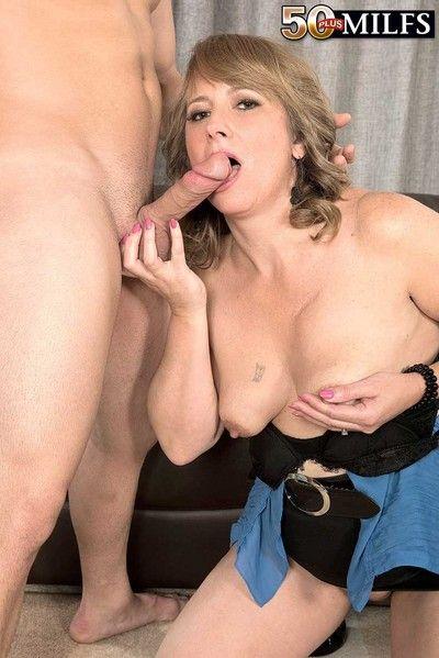 Milf slut catrina sucking stiff penis unconditional good