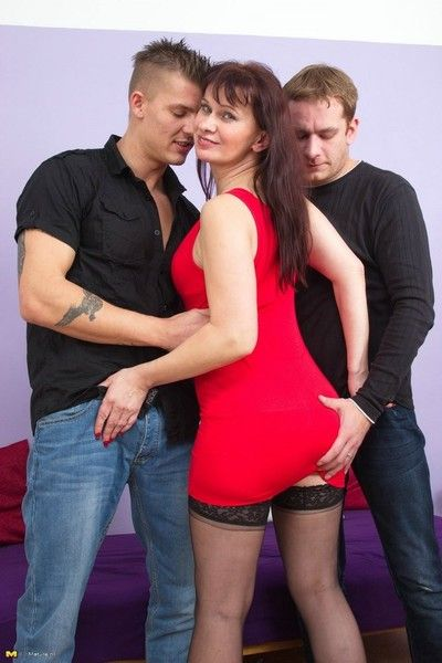 Debased housewife screwing several guys in a trice