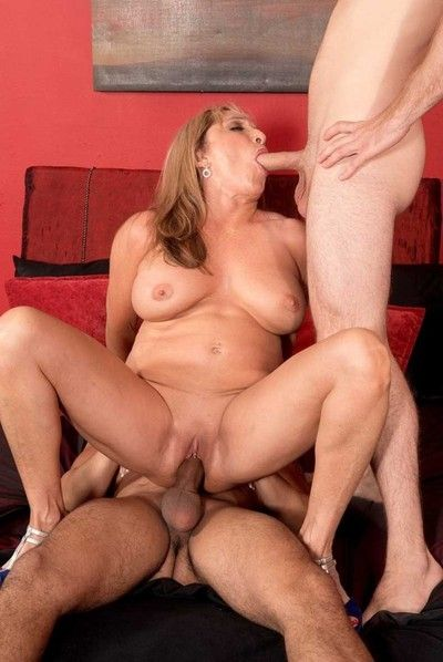 Busty 60milf luna azul craving a handful of hard cocks to fuck