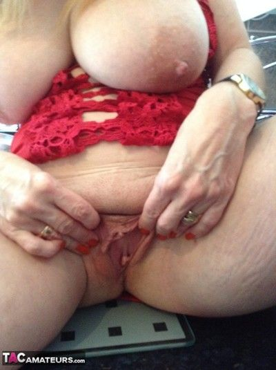 Lily may is a mature and curvy