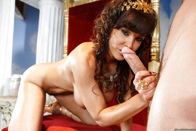 Put up brunette adult lassie Lisa Ann is having sex upon a younger caitiff public schoolmate