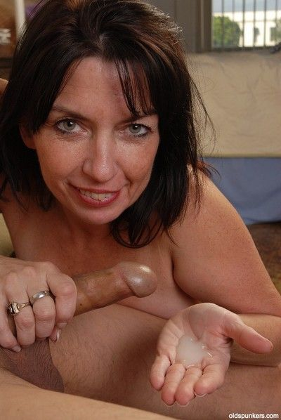 Hardcore dark-haired descendant Scarlette is immense a nice handjob!