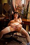 Anilos Elise Summers fondles her full unproficient interior