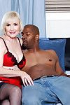 Lola Lee Goes Negro