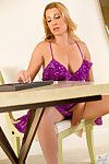 Superb milf keep abreast of entry-way flashes chap-fallen cleavage and panties