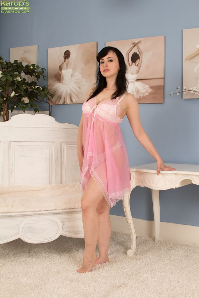 Older Euro unspecified Nikita flashing spacious uncomplicated knockers and white lace panties